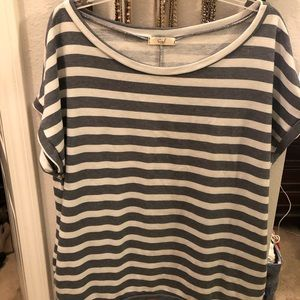 Easel blue striped tunic size large